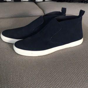 DV high sneakers